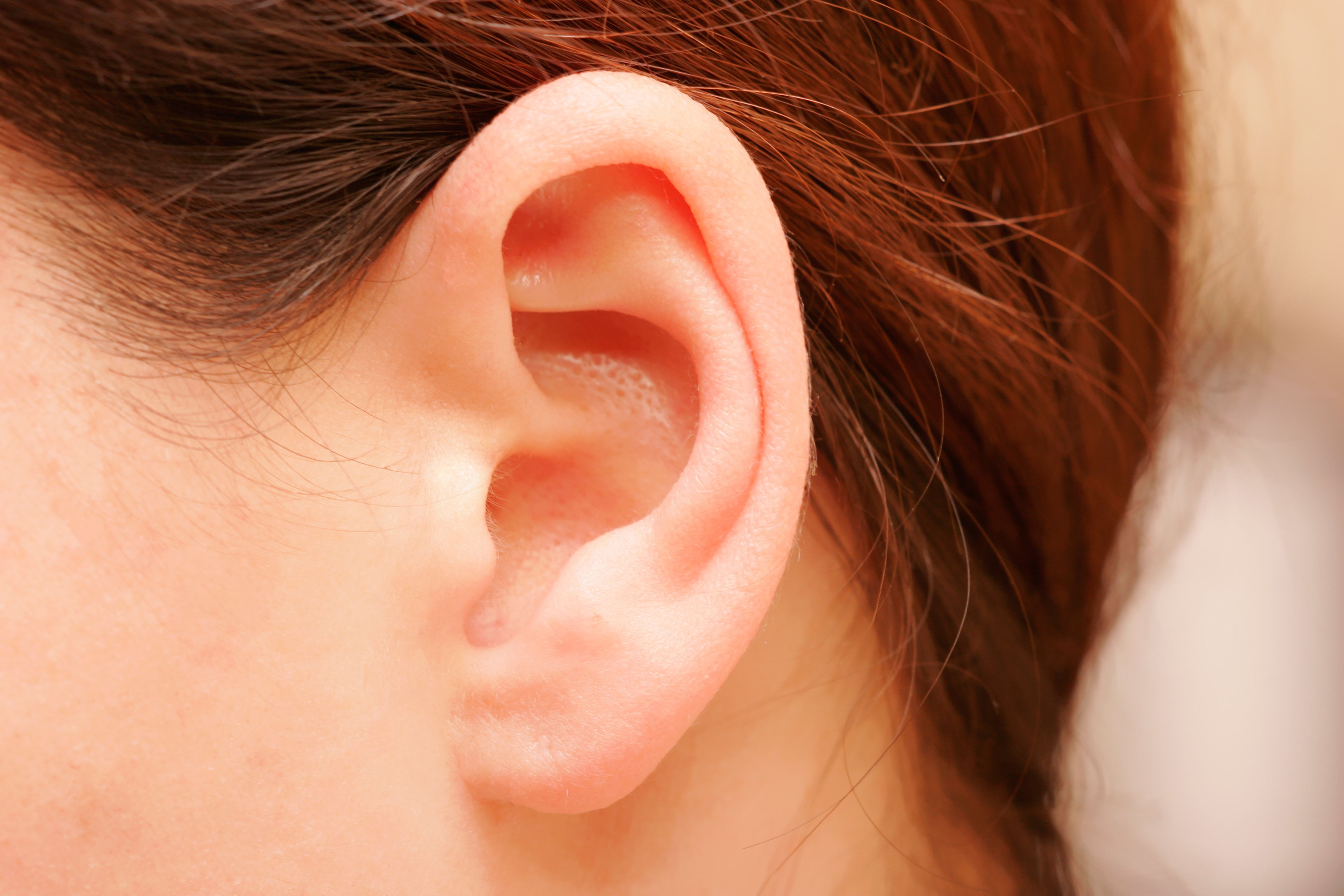 6 Things Your Earwax Says About Your Health
